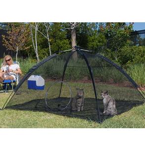 Safe Habitat for Indoor Cats